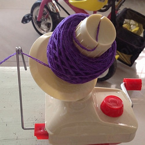 Машинка для намотки ниток ( пряжи) арт.79dd